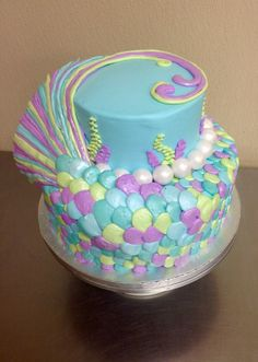 Mermaid tail cake made with buttercream icing by Laurie Grissom