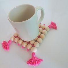 Pink Mug Coaster (DIY) – – sleepydady Bead Crafts, Diy And Crafts, Crafts For Kids, Diy Mugs, Diy Coasters, Crafty Craft, Making Ideas, Diy Gifts, Diys