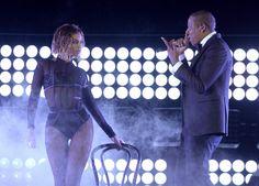 Amigos?!  Jay Z e Beyoncé pedem 2 milhões de dólares para actuar no casamento de Kim e Kanye http://angorussia.com/?p=18881