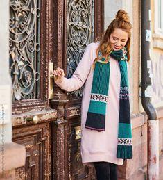 Der Winter ist noch lange nicht vorbei - Zeit genug also, um die Stricknadeln zum Qualmen zu bringen! Mit der Anleitung von Babette Ulmer kannst du dir mit ein paar Strick-Vorkenntnissen einen bezaubernden Schal im skandinavischen Look stricken!