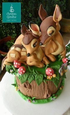 Disney's Bambi and his mother cake. Curated by Suburban Fandom, NYC Tri-State Fan Events: http://yonkersfun.com/category/fandom/