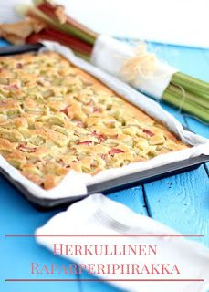 Easy and quick rhubarb bars Rhubarb Bars, Finnish Recipes, Macaroni And Cheese, Berries, Bread, Baking, Ethnic Recipes, Easy, Food