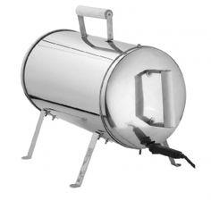 Sähkösavustin Easy Cooking, S/S, 1100W, 18 tuumaa Edullinen ja yksinkertainen Easy Cooking sähkösavustin on fanfaarien arvoinen. Voimme ylpeästi julistaa tämän olevan suosituimpia ja kehutuimpia tuotteitamme! Älä luota myyntimieheen, vaan lue sivun lopusta myös ulkopuolisen median arviot savustimen tehosta. Savustimemme on palkittu ulkomaita myöten.   Sähkösavustin Easy Cooking 1100W