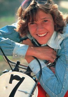 "Kristy McNichol - On January 6, 2012, McNichol ""came     out"" as a lesbian, and announced she was living with     her partner Martie Allen and had been for 20 years.     She stated she chose to come out now, some 20 years     after leaving acting, to help young lesbians deal with     bullying."