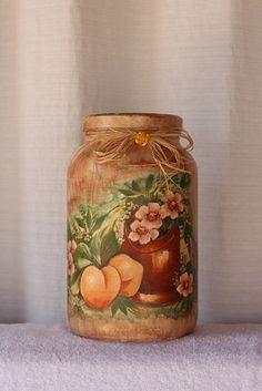 Vidro Grande decorado em tema floral Podendo ser usado para decoração como também para conservar e guardar alimentos,bolachas,etc Uma ótima opção de presente o ano todo.