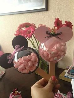 Great list of Minnie Mouse crafts, DIY Minnie Mouse party decorations, and DIY Minnie Mouse party favors! The Ultimate List of Minnie Mouse Craft Ideas! Cute Minnie Mouse crafts, Disney Party Ideas, DIY Crafts and fun food recipes. Theme Mickey, Mickey Party, Mickey Mouse Birthday, Minnie Mouse Favors, Minnie Mouse Theme Party, Mini Mouse Party Favors, Mickey Mouse Crafts, Minnie Mouse Birthday Decorations, Candy Party Favors