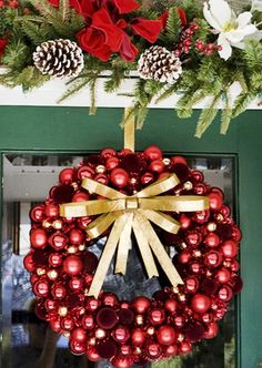 Christmas Ornament Ball Wreath in 2013, Red ball ornament wreath  #Christmas #Ornament Ball #Wreaths www.loveitsomuch.com