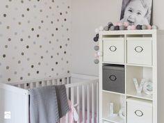 Metamorfoza mieszkania 80m2 - Pokój dziecka - zdjęcie od Meblościanka Studio