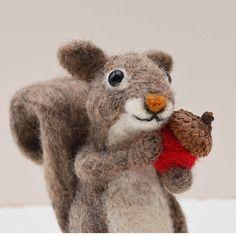 Gray Squirrel Needle Felting Kit van TCMfeltDesigns op Etsy