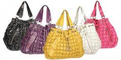 Wholesale handbag distributors of latest market trends