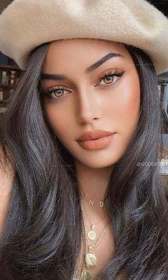Beautiful Girl Makeup, Beautiful Girl Image, Gorgeous Women, Beautiful Pictures, Natural Glowy Makeup, Natural Everyday Makeup, Natural Skin, Model Face, Looks Chic