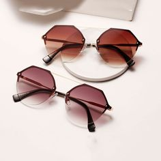 New Design Hexagonal Retro Vintage Sunglasses Hexagon Sunglasses, Clear Sunglasses, Cute Sunglasses, Cat Eye Sunglasses, Sunglasses Women, Sunnies, Vintage Sunglasses, Fake Glasses, Mens Glasses