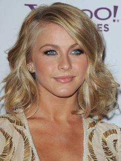 Julianne Hough - Hollywood Film Awards 2011