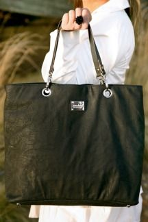 Franklin Tote - Work, travel, overnight tote. Toss what you need inside and you're good to go for the day!
