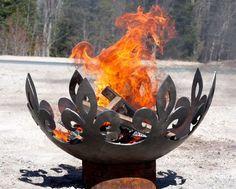 The Fiery Fleur-de-Lis 37 inch diameter Sculptural Firebowl - Feuerstelle im Garten Outdoor Fire, Outdoor Decor, Outdoor Living, Deco Nature, Fire Bowls, Light My Fire, Outdoor Settings, Yard Art, Porches