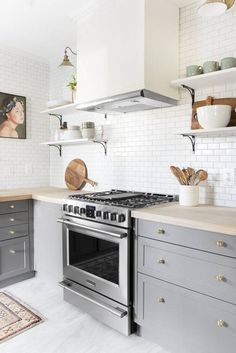 gray and white kitch
