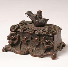 vintage ring boxes | Vintage Black Forest Carved Wooden Jewelry Box | Antique Helper