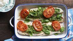 Ryba pieczona w ziołowym pesto - poznaj najlepszy przepis. ⭐ Sprawdź składniki i instrukcje na KuchniaLidla.pl!