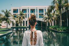 Hotels am Meer – die schönsten 7 Hotels mit Meerblick Salalah, Hotel Am Meer, Hotel In Den Bergen, Tolle Hotels, Croatian Islands, Beautiful Hotels, Vacation Places, Croatia, Beautiful Places