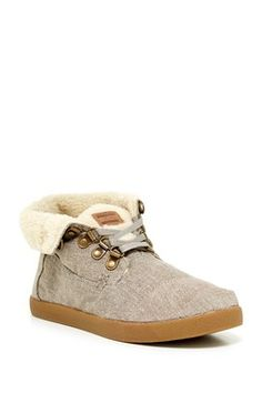 TOMS Highlander Hemp Faux Shearling Lined Boot