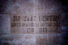 """""""Lo que sabemos es una gota de agua; lo que ignoramos es el océano."""" Isaac Newton, Frases, Water Drops, Celebrities"""