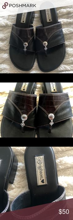 BRIGHTON SANDALS SIZE 9 1/2 Lightly used. Good Condition Brighton Shoes Sandals