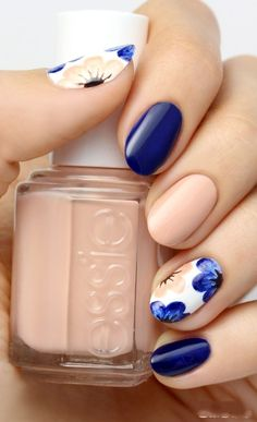 A manicure is a cosmetic elegance therapy for the finger nails and hands. A manicure could deal with just the hands, just the nails, or Cute Nails, Pretty Nails, My Nails, Classy Nails, Cute Nail Art, Gorgeous Nails, Nail Designs Spring, Cute Nail Designs, Floral Designs