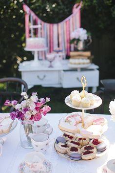 Bridesmaid Brunch or Luncheon. Elegant Tea Party www.littlebigco.blogspot.com.au