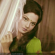 Born as Bhanurekha Ganesan to Tamil actor Gemini Ganesan and Telugu actress Pushpavalli, Rekha started her career as a child artist. Here's a vintage picture of Rekha from the classic 70s era. Her large, expressive eyes speak a thousand words.