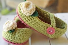 crocheted mary jane baby shoes