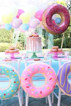 If you are planning a super cool birthday party, you are at the right place! Our Donut Party ideas will help you throw the sweetest party ever! Glow in the Dark Neon Party Ideas Party Themes for Teenagers 32 Süß Und Liebenswert Minnie Mouse Party Ideen Donut Party, Donut Birthday Parties, Birthday Party Decorations, Children Birthday Party Ideas, Birthday Themes For Girls, 10th Birthday, Birthday Outfits, Childrens Party, Pool Party For Kids
