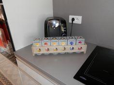 Distributeur de capsules à café Tassimo by PaletteWorks