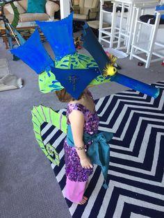 Cardboard seahorse costume DIY!