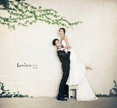 vintage flower garden concept Korea pre wedding photo shoot