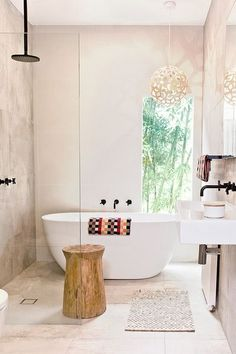 Bathroom Trends: Maximizing Impact With Minimalist Design