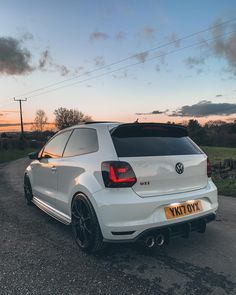 Vw Polo Modified, Modified Cars, Vw Pointer, Carros Vw, Polo R, Hot Vw, Volkswagen Golf R, Hatchback Cars, Honda Jazz