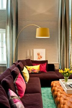 Living Room, Modern room by DHD