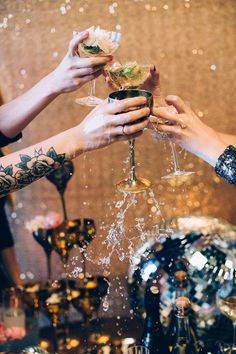 Glitter, disco balls, a Champagne glass tower! Click through for this wild and wonderful, downright DREAMY disco holiday party recap. Glitter Bomb, Holiday Market, New Years Eve Party, Holiday Parties, Party Time, Things To Come, Seasons, Cheers, Toast