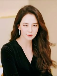 Ji Hyo Song, Ji Hyo Running Man, Korean Shows, Pretty Korean Girls, Minimal Outfit, Casual Outfits, Fashion Outfits, Korean Beauty, Fashion Stylist