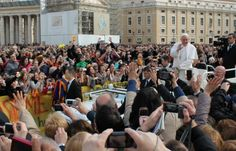 World misses God but it can see your joy, Pope tells audience :: Catholic News Agency (CNA)