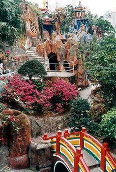 Tiger Balm Gardens in Hong Kong