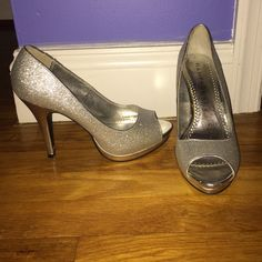 Silver sparkly heels Silver sparkly heels. Perfect for homecoming or prom. Great condition Rampage Shoes Heels