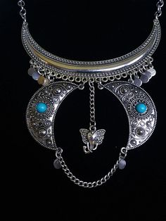 4 x Tibetan Silver Maid of Honor Rhinestone Heart Pendant Charms