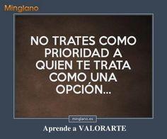 Frases de querer a la persona equivocada... #frases #frasessabias #valorarse #aprendeavalorarte #minglano