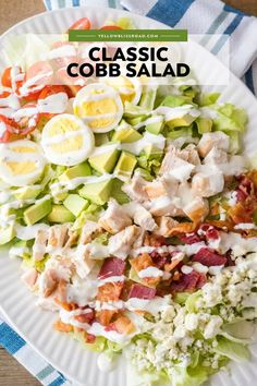 Easy Chicken Cobb Salad is as good as any restaurant for a fraction of the price! Ready in 25 mins, you& want to have this salad for lunch on the regular! Light Summer Meals, Easy Summer Dinners, Light Meals For Dinner, Salad Toppings, Salad Bar, Healthy Summer Recipes, Healthy Salad Recipes, Healthy Snacks, Easy Salads