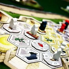 @Repost from @nordicobr -  Luna  #bgg #boardgamegeek #boardgame #boardgames #tabletop #tabuleiro #juegosdemesa #jogosdetabuleiro #spiele #bgbr #luna #tmg #stefanfeld #Regrann