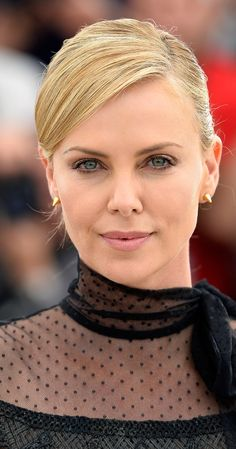 Charlize was born on in Benoni, Gauteng. She is an actress, known for Mad Max: Fury Road, Prometheus, Monster and Hancock. My Boo, Mad Max, Charlize Theron, Cannes Film Festival, Role Models, Picture Photo, Actresses, Poses, Stylish