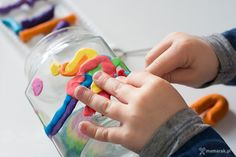 Zaskakujące i ciekawe pomysły na wykorzystanie plasteliny. 7 pomysłów na prace plastyczne dla dzieci i mieszanie technik plastycznych. Children, Young Children, Boys, Kids, Child, Kids Part, Kid, Babies