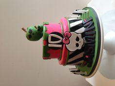 Monster High 10th Birthday Cake! Top tier coconut cake and bottom raspberry white chic mud....yum! #monsterhigh