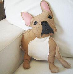 Nuri de Franse Bulldog wol voelde stoffen pluche pop kussen door Cuore op Etsy https://www.etsy.com/nl/listing/244523469/nuri-de-franse-bulldog-wol-voelde
